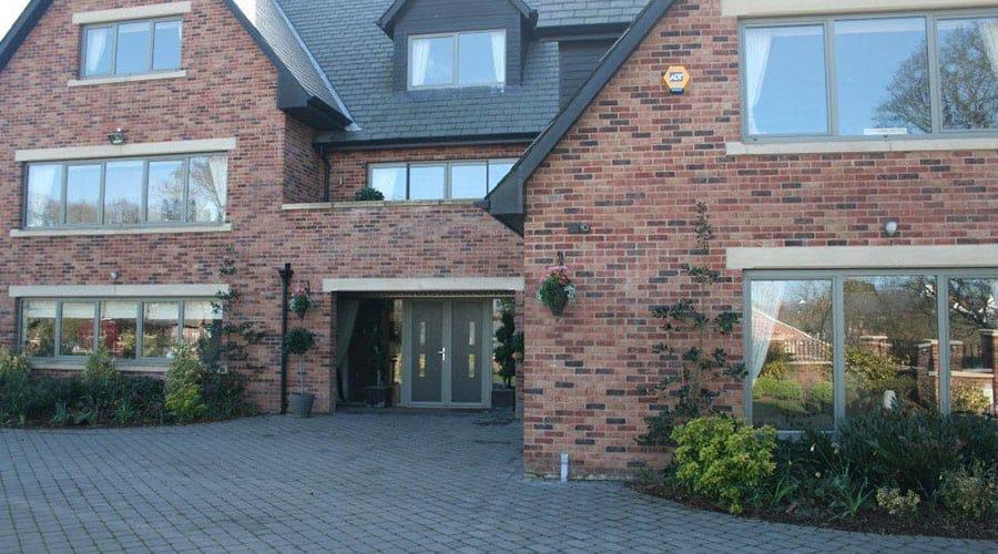 modern glazing lancashire
